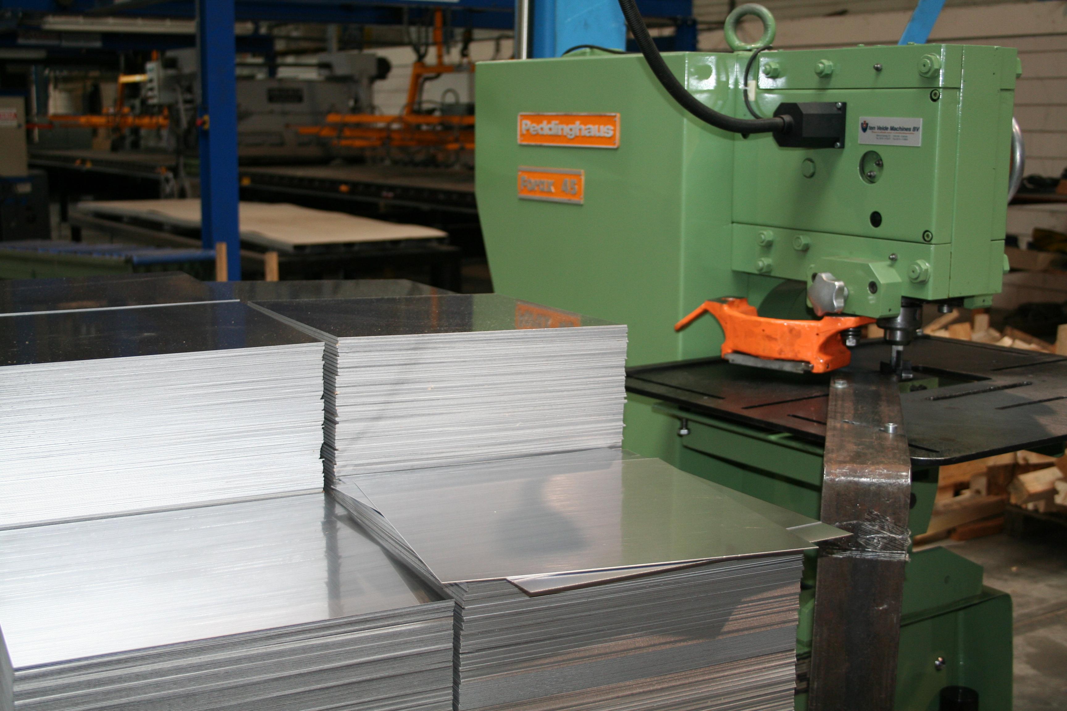 aluminium knippen